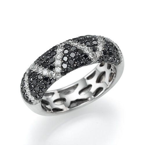 טבעת יהלומים שחורים ולבנים דגם Karmi