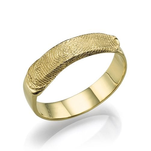 טבעת נישואין טביעת אצבע