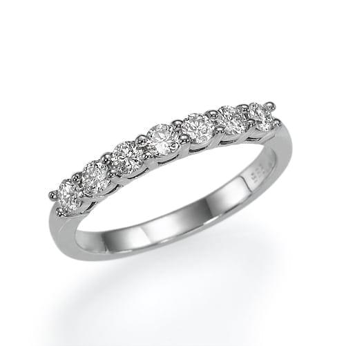 טבעת יהלומים דגם Seven