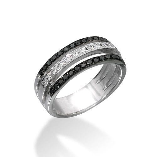 טבעת פאווה יהלומים שחורים ולבנים