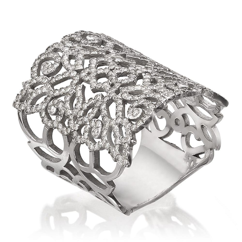 טבעת יהלומים דגם Lace