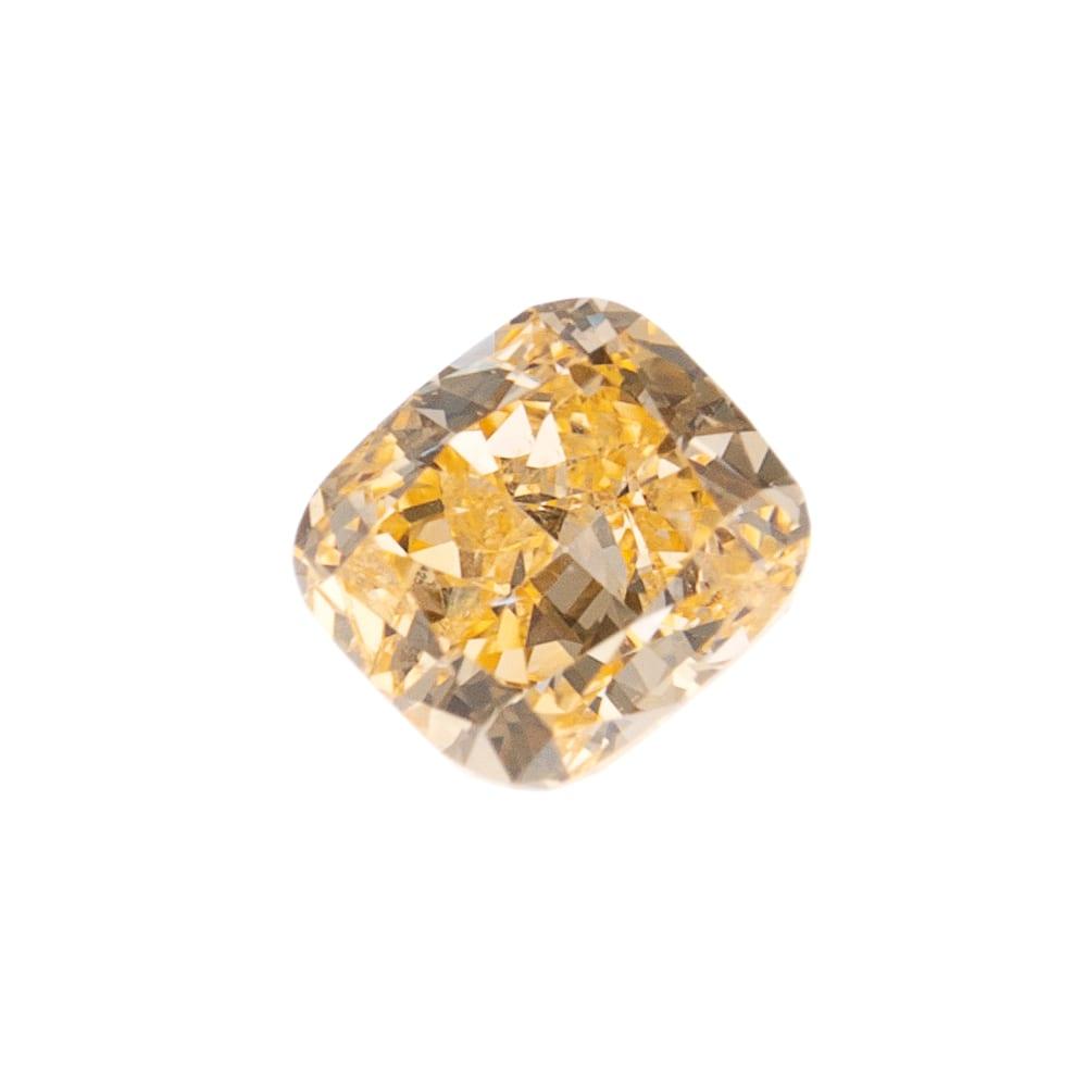 יהלום טבעי בגוון כתום 0.19 קראט GIA